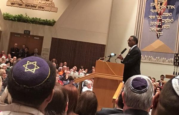Congressman Emanuel Cleaver addressing the crowd at Kehilath Israel Synagogue.