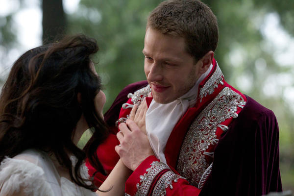 <p>Back in fairy tale time, before they're catapulted into our world by the queen's curse, Ginnifer Goodwin and Josh Dallas are Snow White and Prince Charming. </p>