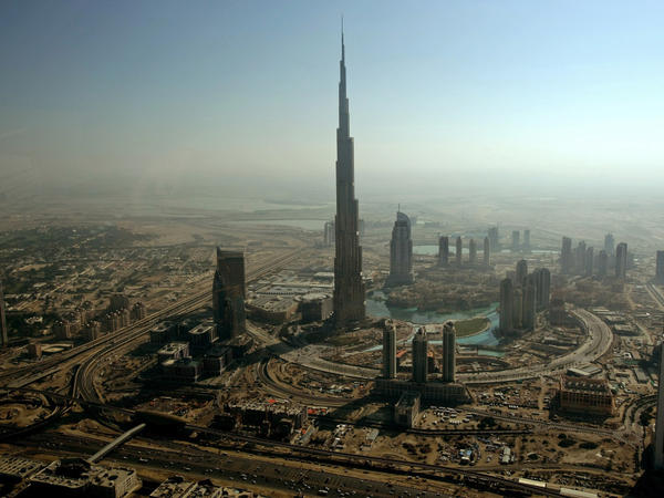 <p>An aerial view shows Burj Dubai, the world's tallest tower, in Dubai. The city has succeeded in attracting wealthy Persian Gulf elites.</p>