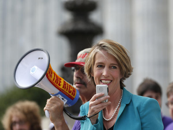 Gubernatorial candidate Zephyr Teachout been hammering Gov. Andrew Cuomo for allegedly interfering with the work of his own anti-corruption commission earlier this year.