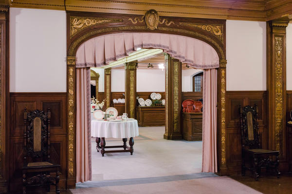 In the early 1920s, the Homer Laughlin China Co. showroom was modeled after fashionable and elegant potteries in Stoke-on-Trent in England and has changed very little since.