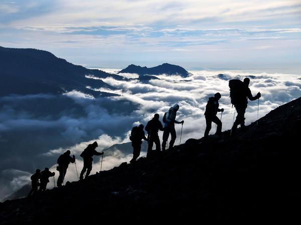 <em>An Alpine Symphony</em>, by Richard Strauss, depicts a dawn to dusk climb up a mountain.
