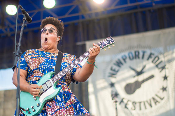 Alabama Shakes' Brittany Howard howled, snarled and swaggered her way through a powerful closing set on Sunday.