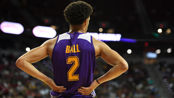 Lonzo Ball of the Los Angeles Lakers stands on the court during a 2017 Summer League game against the Brooklyn Nets in Las Vegas.
