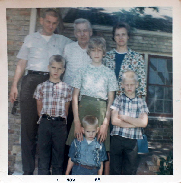 A picture of Linda Walker (center) with her family in 1968.