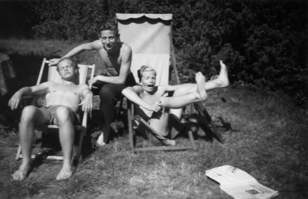 Gert (center) with Furstenberg children Nicke (left) and Bosse (right) in Sweden.