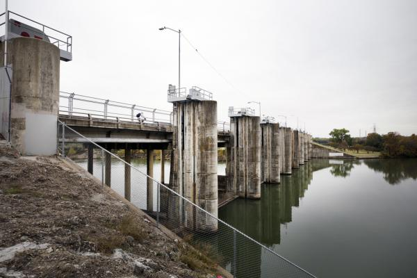 Officials are looking into building a new bridge across Lady Bird Lake to ease bicycle and pedestrian congestion on the Pleasant Valley crossing.