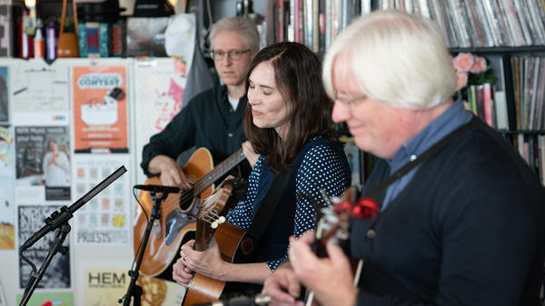 The Innocence Mission performs a Tiny Desk Concert on Oct. 23, 2018 (Cameron Pollack/NPR).