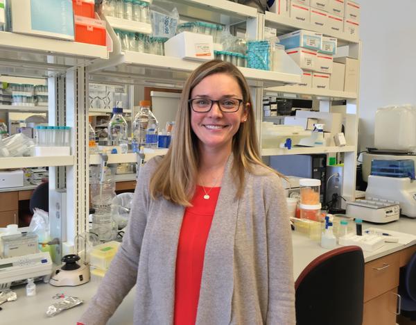 At KU Medical Center, biologist Julie Christianson explores how trauma affects pain.