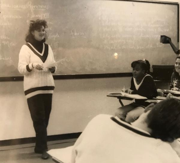 Karen Sowers teaching World History at Lakeview High School in Garland in 1990.