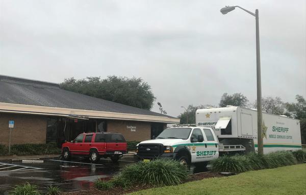The scene Thursday morning at the SunTrust Bank in Sebring
