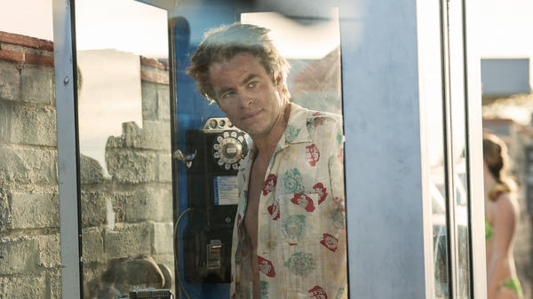 Chris Pine plays a washed-up newspaper reporter in 1965 Los Angeles in the TNT miniseries <em>I Am the Night.</em>