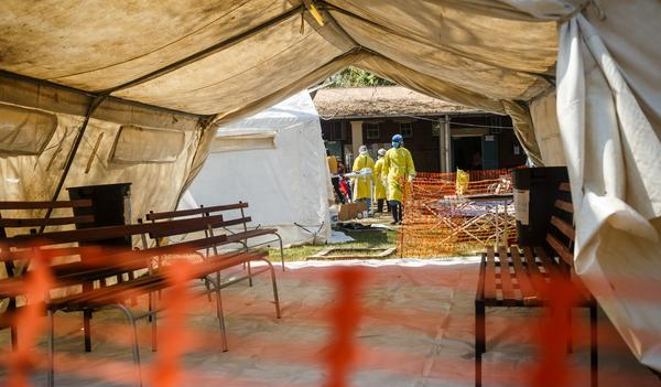 Health staff prepare a cholera treatment tent in September 2018. The country's health system lacks the capacity to contain diseases like cholera.