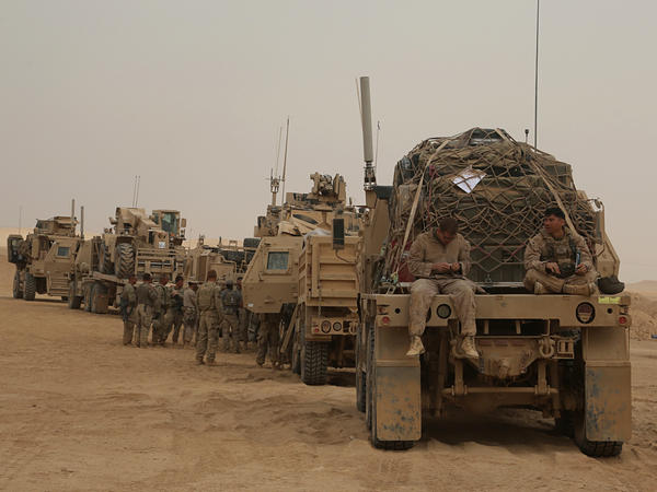 U.S. Marines preparing to build a military site in western Anbar, Iraq, in November 2017, as an outpost in the fight against the Islamic State group.