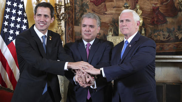 (From left) Venezuelan self-declared interim President Juan Guaidó, Colombian President Iván Duque and U.S. Vice President Pence gather in Bogotá, Colombia, on Monday.