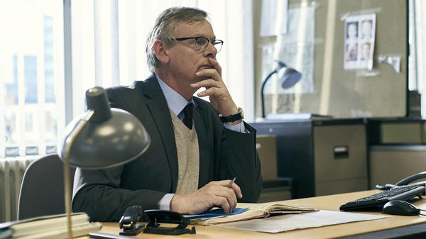 Martin Clunes plays Detective Chief Inspector Colin Sutton in the Acorn TV miniseries <em>Manhunt</em>.