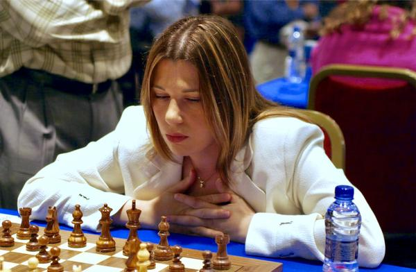 Grandmaster chess player Susan Polgar will be inducted into the U.S. Chess Hall of Fame, the youngest woman to be awarded the honor.