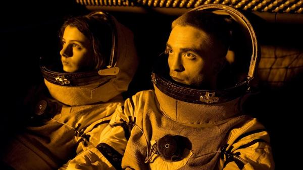 Jessie Ross and Robert Pattinson are astronauts traveling toward an uncertain destination in<em> High Life.</em>