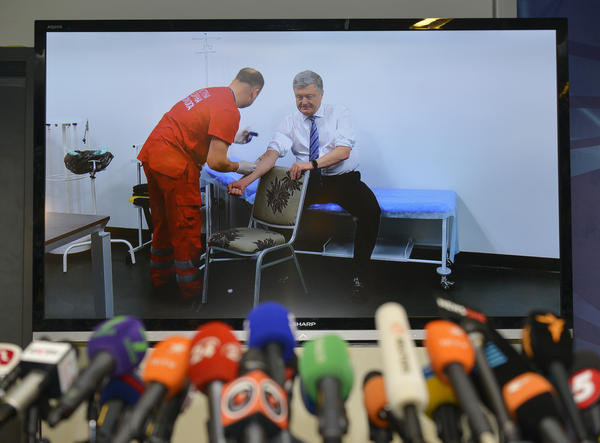 Ukrainian presidential candidate Petro Poroshenko takes a televised blood test.