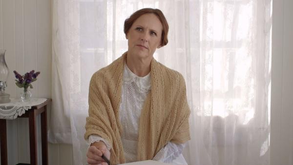 "Molly Shannon as Emily Dickinson in ""Wild Nights with Emily,"" the latest film about the Amherst, Massachusetts, poet."