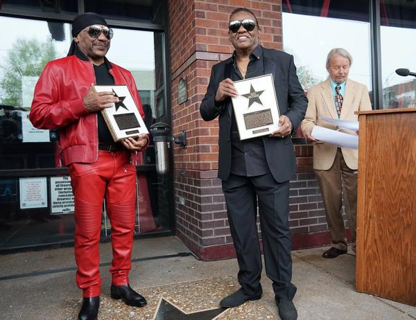 Ernie Isley (left) and Ronald Isley (right) of the Isley Brothers recieve a star on the St. Louis Walk of Fame.