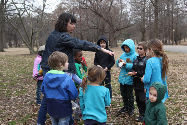 St. Louis outdoor educator Cara Murphy recently founded In The Field, which provides classes for children to learn about nature.
