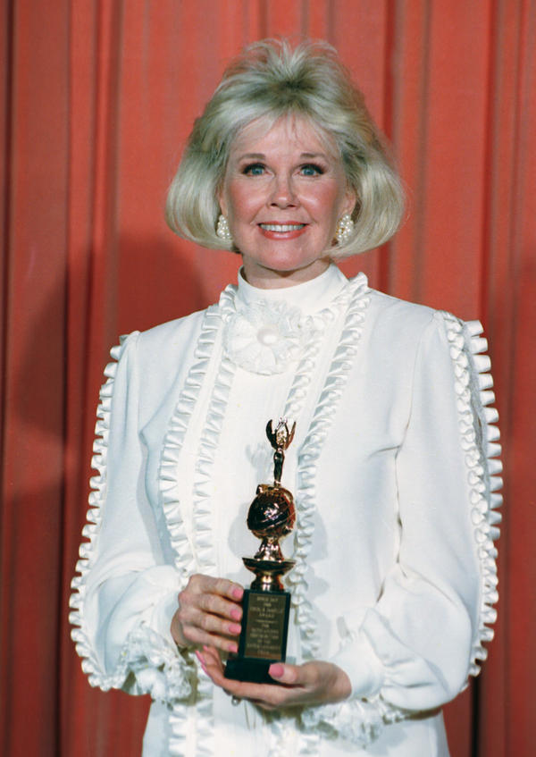 Day was awarded the Cecil B. DeMille Award, for outstanding contributions to the world of entertainment, at the 1989 Golden Globe Awards in Los Angeles.