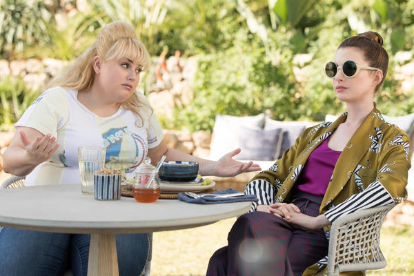 Rebel Wilson and Anne Hathaway star in <em>The Hustle. </em>