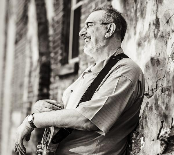 David Bromberg Quintet will appear on Mountain Stage this Sunday in Charleston, W.Va. You can watch live on this post starting at 7p.m. EST