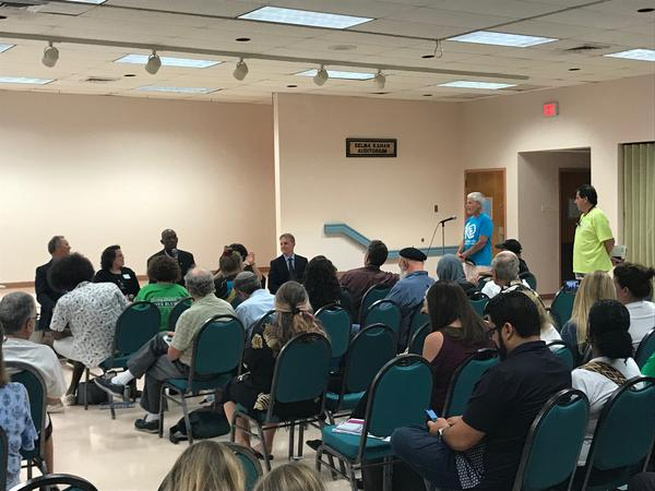 More than 100 South Florida climate activists and residents discussed the Green New Deal Tuesday evening at a town hall in Hollywood.