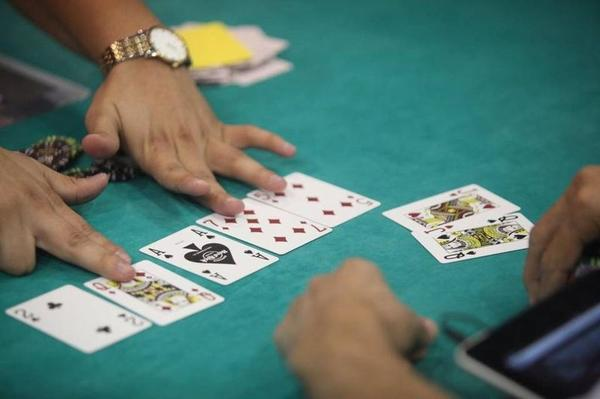 The Seminole Tribe and the state have been at odds since the approval of designated player card games in pari-mutuels.