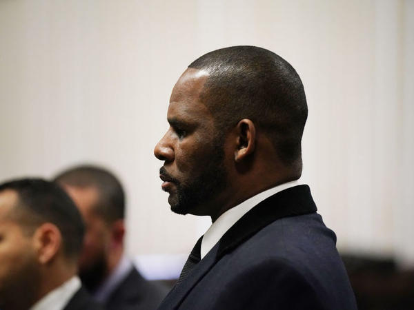 Singer R. Kelly, appearing at a court hearing in Chicago on May 7.