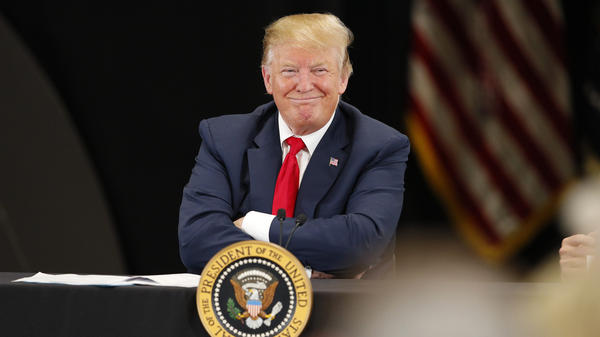 President Trump speaks at a roundtable on the economy and tax reform in April. Heading into the 2020 campaign, Democratic candidates are trying to find arguments against him on the economy, which is doing well according to top-line indicators.