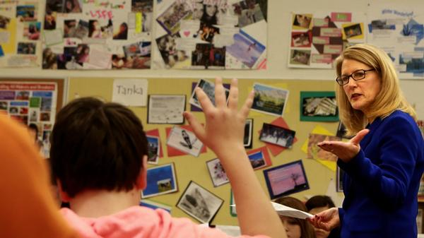 Cathy Cartier, a proponent of Common Core, teaches an English class at Affton High School in Missouri last month.