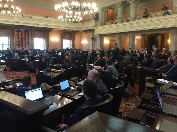 Ohio House approves temporary budget as both chamber miss June 30 budget deadline.