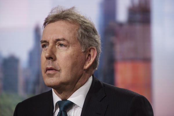 Kim Darroch, the U.K.'s ambassador to the U.S., calls President Trump an inadequate leader who poses a threat to the international trade system, in memos leaked to the <em>Daily Mail</em>.