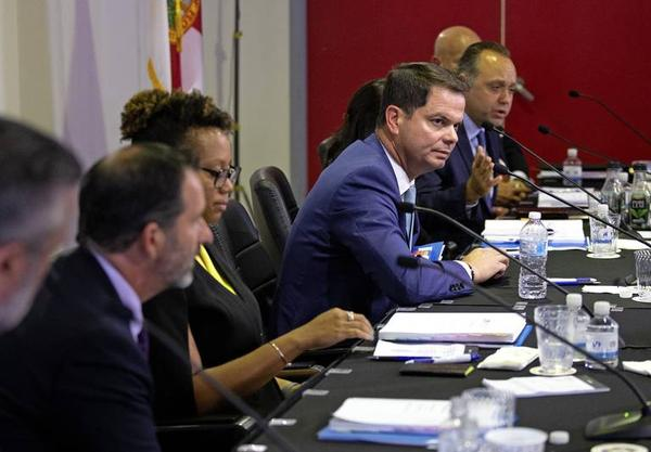 Miami Dade College's Board of Trustees decided on Wednesday to restart a search for its next president.