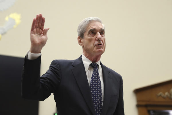 Former special counsel Robert Mueller is sworn in before he testifies before the House Judiciary Committee hearing on his report on Russian election interference in Washington on Wednesday.