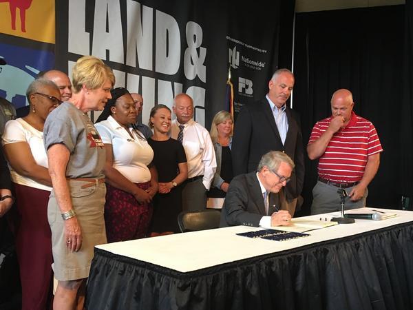 Gov. Mike DeWine signs bill decriminalizing hemp, CBD products.