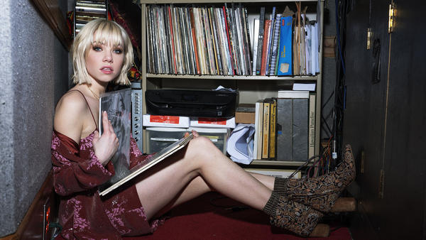 Carly Rae Jepsen's chill summertime playlist features Fleetwood Mac, Robyn and Rosalía.