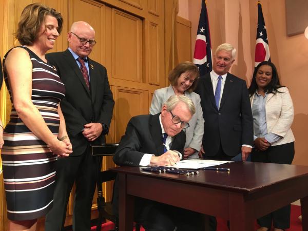 Gov. DeWine signs executive order