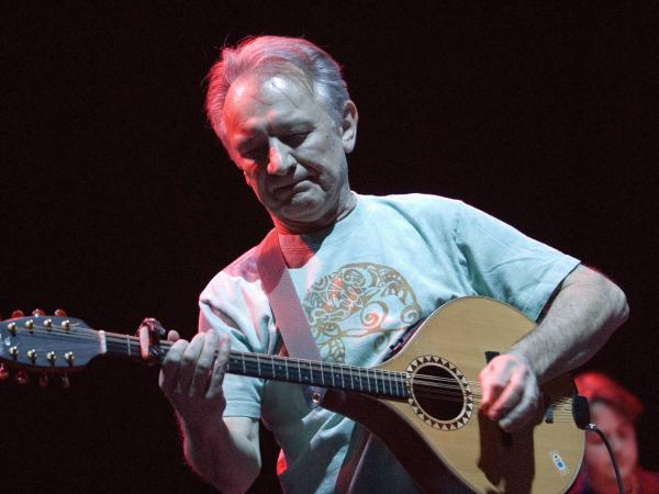 Donal Lunny playing an Irish bouzouki on January 23, 2008.