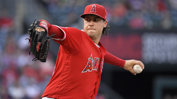 Los Angeles Angels pitcher Tyler Skaggs throws to the plate during a game against the Oakland Athletics in 2018.