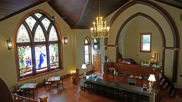 Clifton Heights Inn was once a Methodist Church and many of the guests who pass through are former congregants. Some have hosted weddings and anniversaries at the church turned inn.