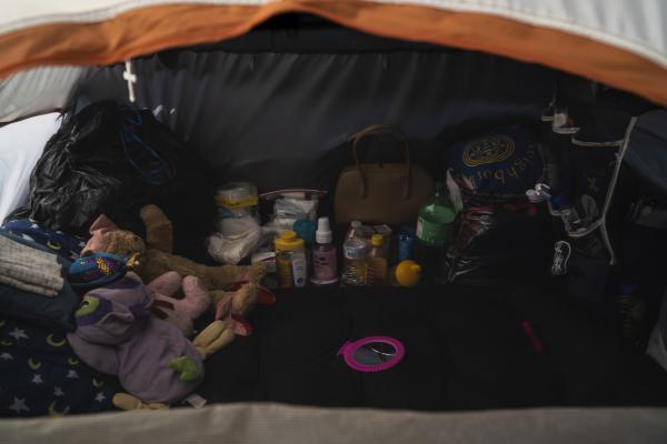 Migrants' possessions