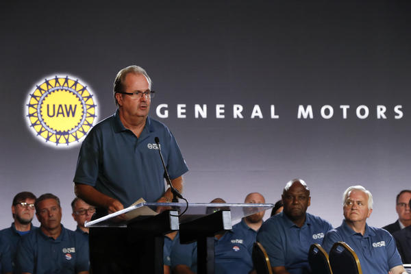 United Auto Workers President Gary Jones speaks in Detroit on July 16, 2019. The FBI is investigating allegations that Jones and other UAW officials accepted bribes.
