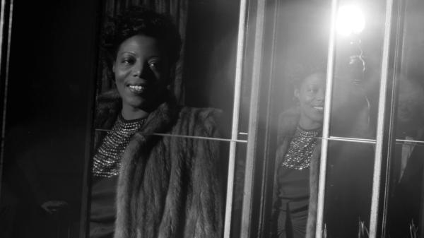 Mary Lou Williams in 1942. In the 1930s and '40s, her apartment on 63 Hamilton Terrace formed an important space in advancing the evolution of jazz and the survival of musicians.