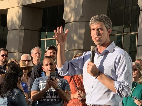 Democratic presidential candidate Beto O'Rourke talks about gun control at a rally in Aurora.