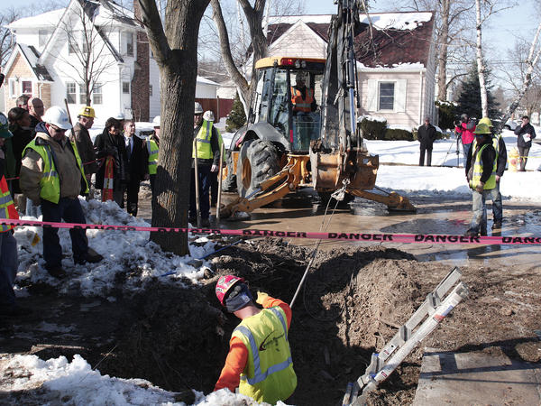 The state says more than 600 pipes have been replaced in Flint, Mich., this year — but 30,000 suspect pipes remain.