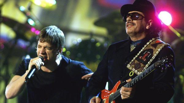 """Carlos Santana and Rob Thomas perform the 1999 hit """"Smooth"""" at the 42d Annual Grammy Awards in February 2000. Santana received eight awards including Record of the Year that night."""